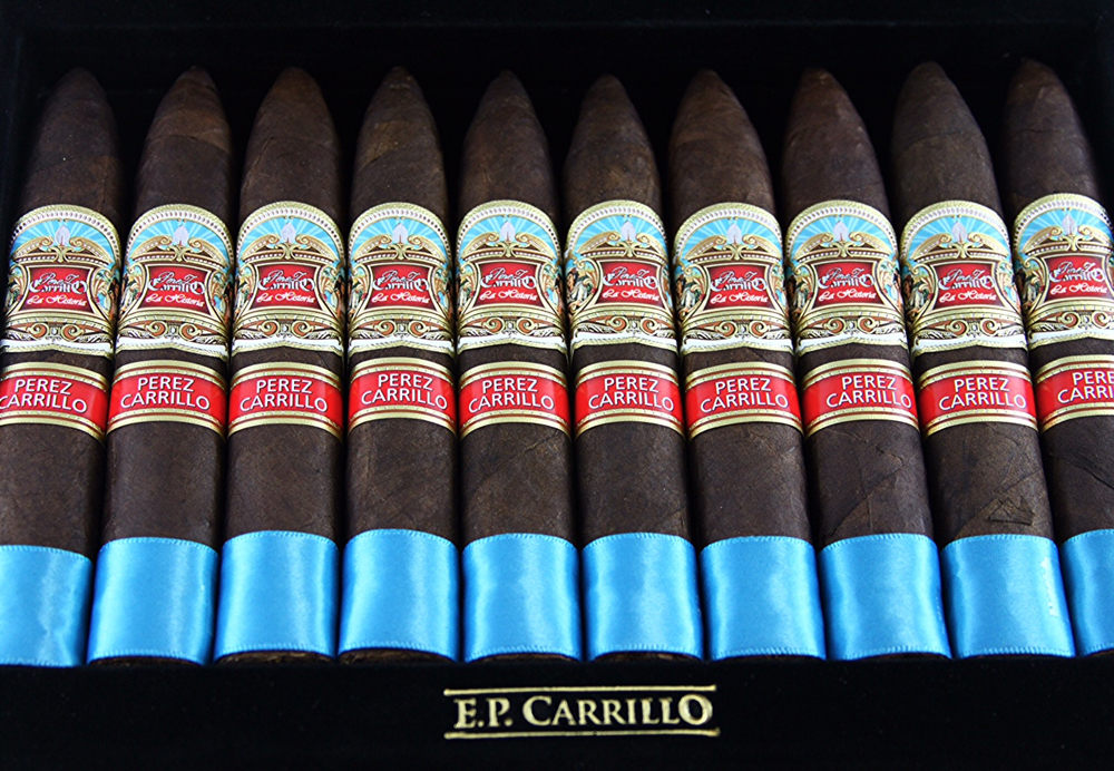 New La Historia Review